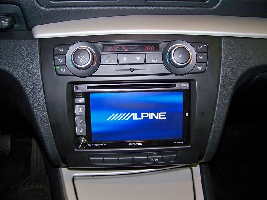 alpine ine w710d bmw s rie 1 ecran tactile gps alpine autoradios