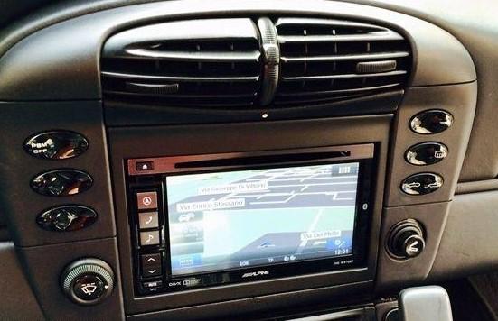 alpine ine w710d dvd tactile autoradio gps porsche 911 996 autoradios. Black Bedroom Furniture Sets. Home Design Ideas