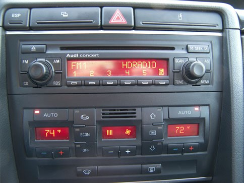 autoradio 1 din audi a4 b6 avec cd usb mp3 bluetooth audi autoradios. Black Bedroom Furniture Sets. Home Design Ideas