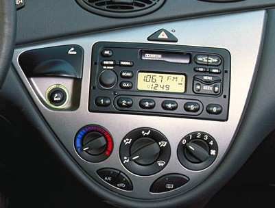 autoradio 1 din ford avec cd usb mp3 bluetooth ford. Black Bedroom Furniture Sets. Home Design Ideas