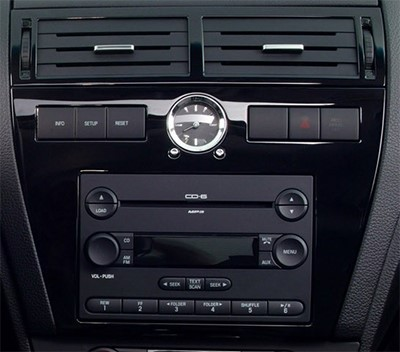 pack autoradio 2 din alpine ford fiesta fusion avec kit d 39 int gration autoradios. Black Bedroom Furniture Sets. Home Design Ideas
