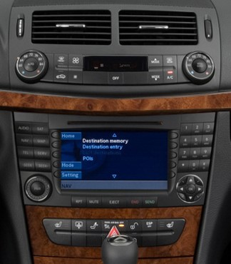 autoradio 2 din mercedes classe e w211 usb cd bluetooth mp3 autoradios. Black Bedroom Furniture Sets. Home Design Ideas