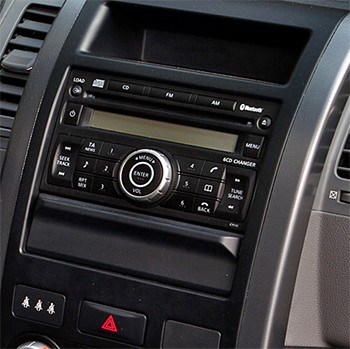 poste radio 2 din avec cd usb bluetooth nissan x trail. Black Bedroom Furniture Sets. Home Design Ideas
