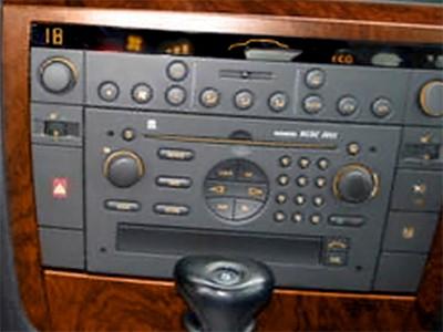 autoradio 2 din opel agila vectra meriva alpine 2 din usb cd mp3 autoradios. Black Bedroom Furniture Sets. Home Design Ideas