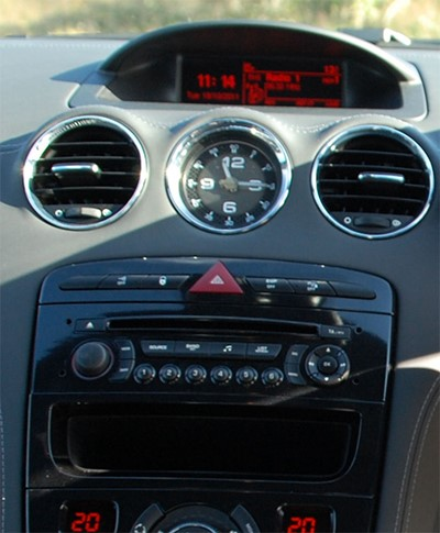 autoradio gps peugeot 308 rcz commandez votre poste kenwood autoradios. Black Bedroom Furniture Sets. Home Design Ideas