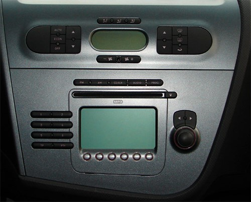 seat leon votre poste radio avec cd usb bluetooth cran tactile. Black Bedroom Furniture Sets. Home Design Ideas