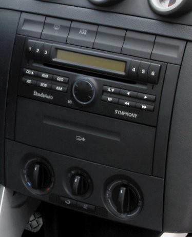 autoradio gps dvd skoda fabia ecran tactile 6 5 skoda. Black Bedroom Furniture Sets. Home Design Ideas