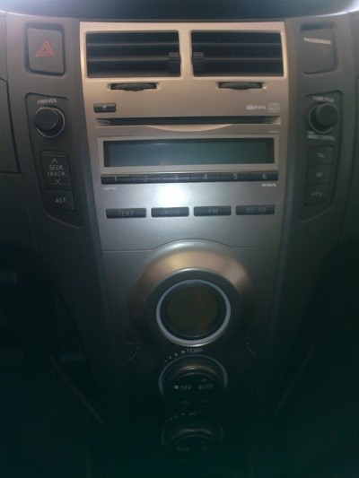 interface chargeur cd mp3 cl usb aux ipod iphone sd autoradio toyota avensis ebay. Black Bedroom Furniture Sets. Home Design Ideas