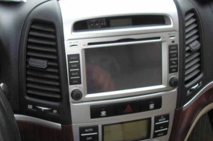 autoradio gps dvd hyundai santa fe autoradios gps dvd ecran tactile hightech privee. Black Bedroom Furniture Sets. Home Design Ideas