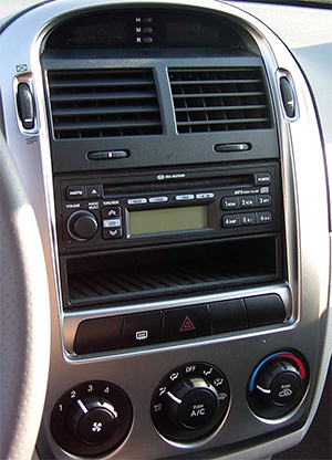 autoradio gps kia carens sorento cerato sportage. Black Bedroom Furniture Sets. Home Design Ideas