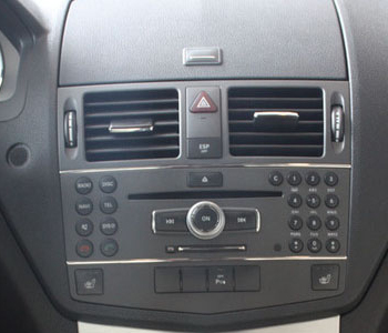 autoradio gps mercedes classe c w204 ecran tactile dvd. Black Bedroom Furniture Sets. Home Design Ideas