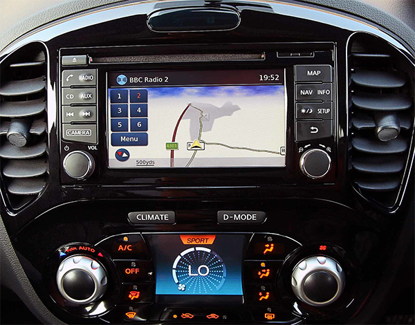 autoradio gps nissan juke almera depuis 2014 gps dvd nissan hightech privee. Black Bedroom Furniture Sets. Home Design Ideas