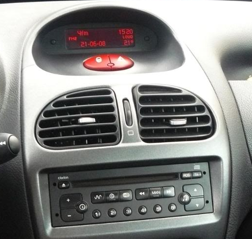 peugeot 206 autoradio poste tv usb sd gps tactile. Black Bedroom Furniture Sets. Home Design Ideas